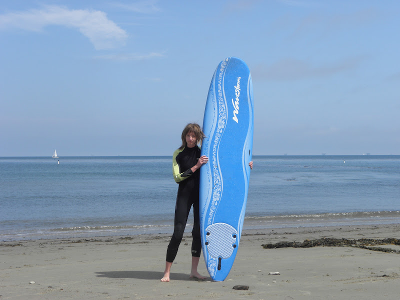We tried surfing thanks to having a surf board at our partner's house in Santa Barbara