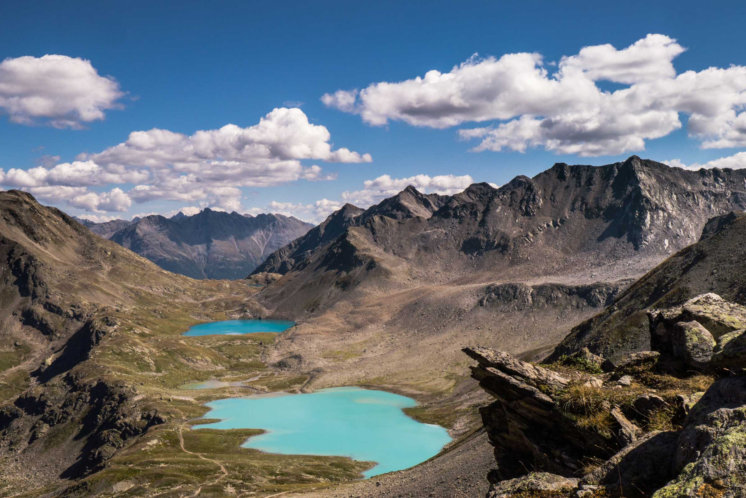 most-stunning-swiss-hikes-that-you-have-never-heard-of