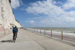 cycling-the-viking-coastal-trail-at-the-isle-of-thanet