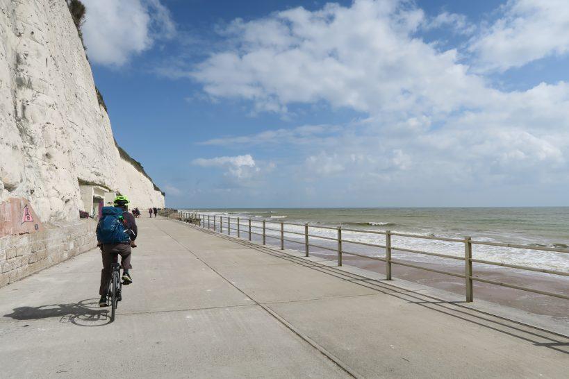 cycling-the-viking-coastal-trail-at-the-isle-of-thanet
