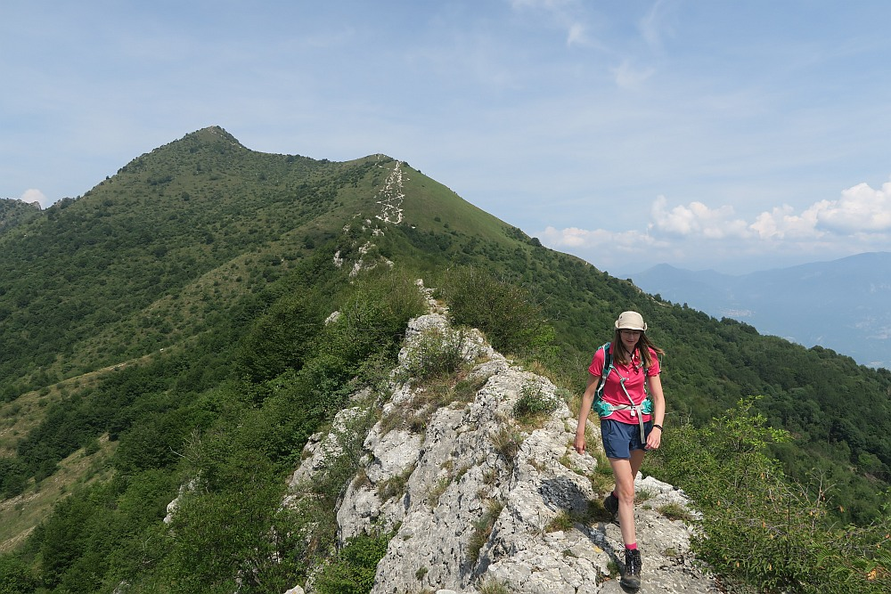 Walking along the ridge to Monte Vignole. You can see Corna Trentapassi in the background.