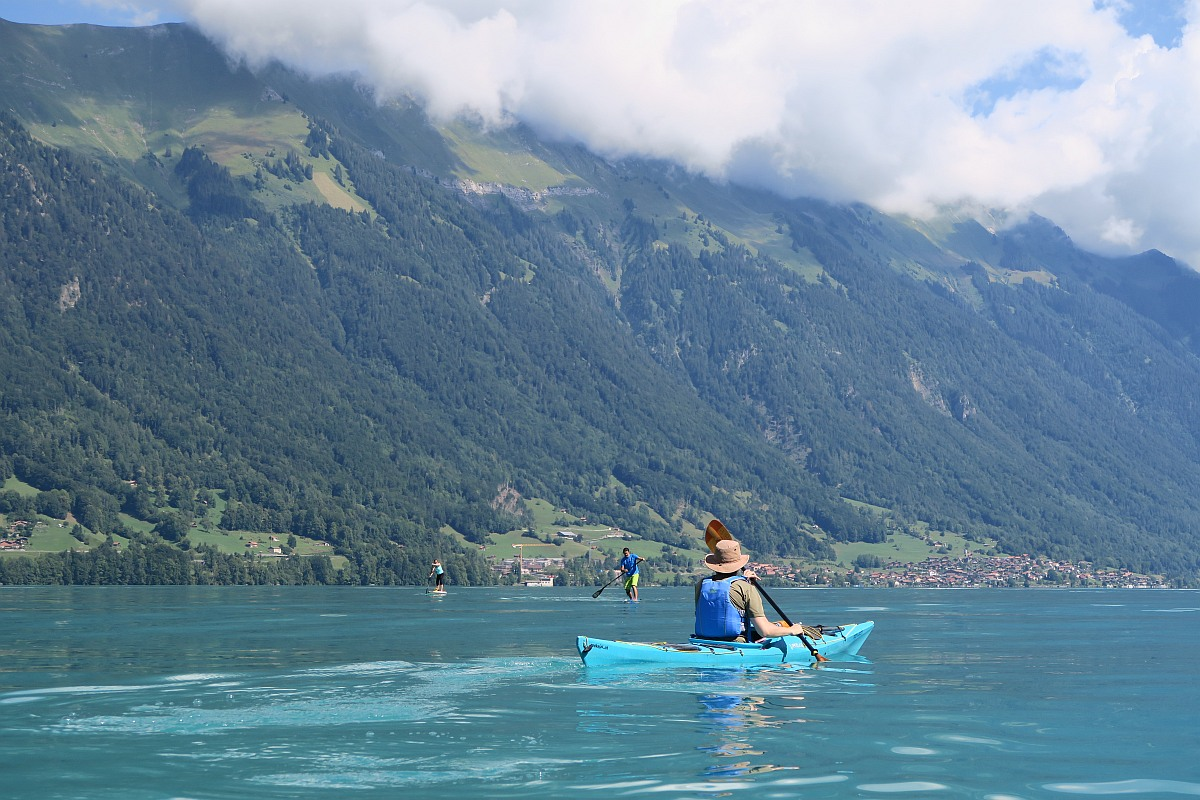 Kayaking Interlaken to Giessbach falls – Kayak rental with