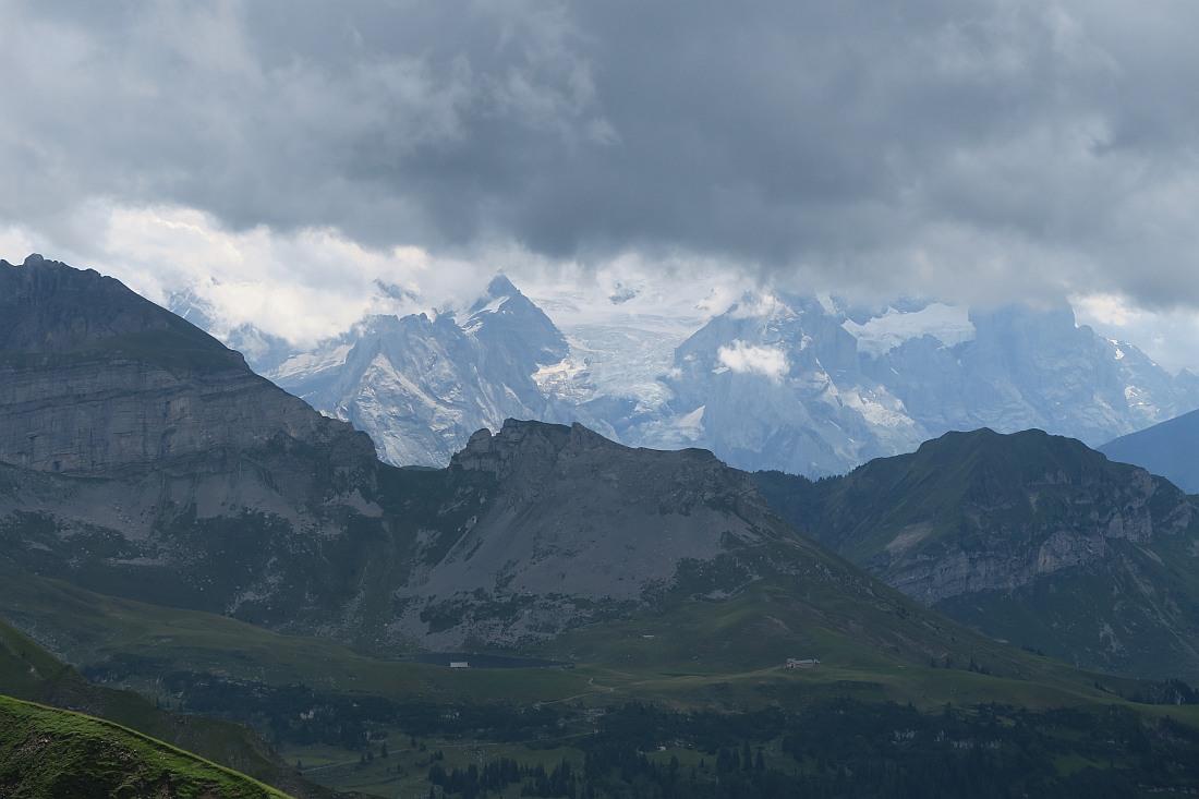 Views from Wandelen