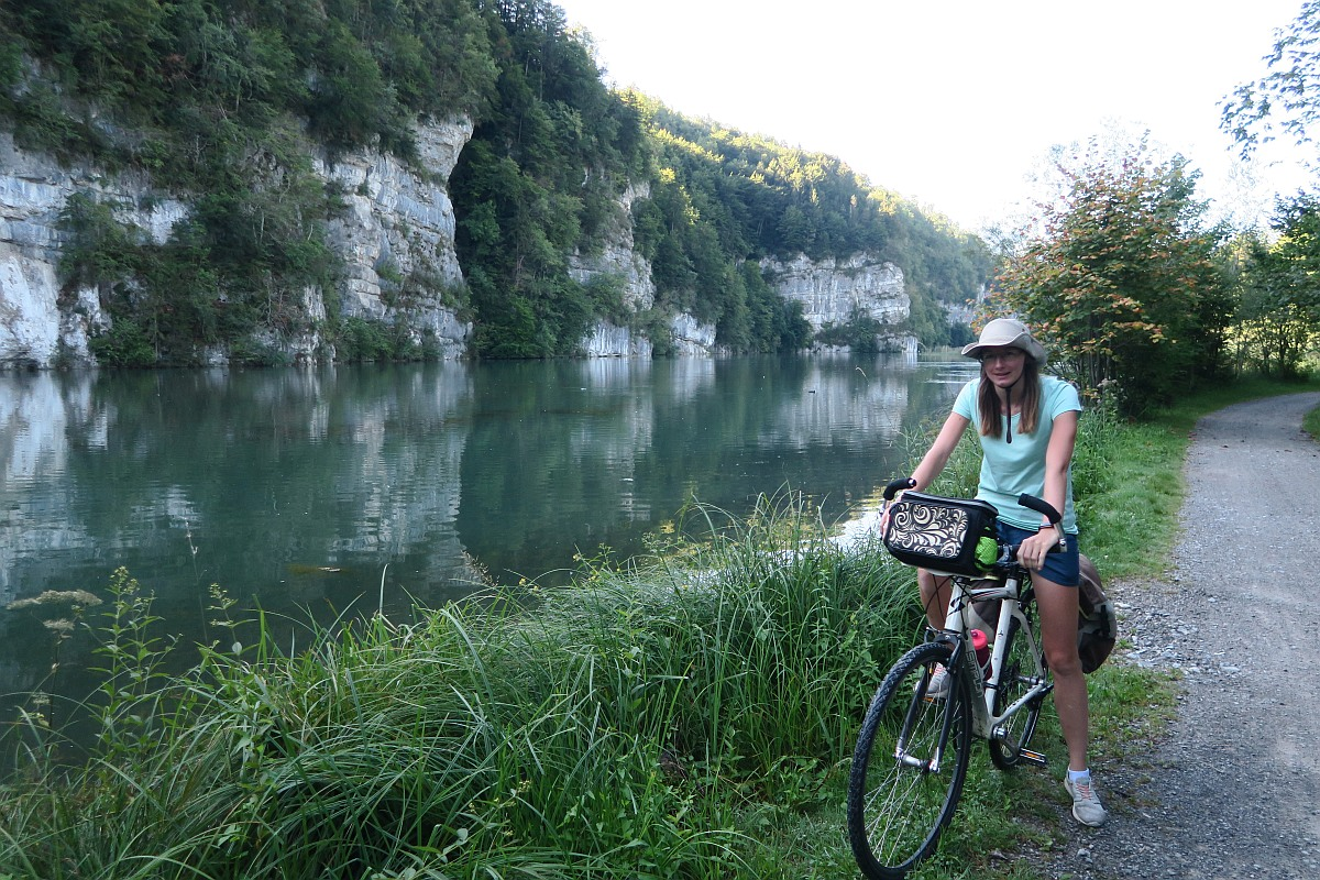 Cycling along Wichelsee