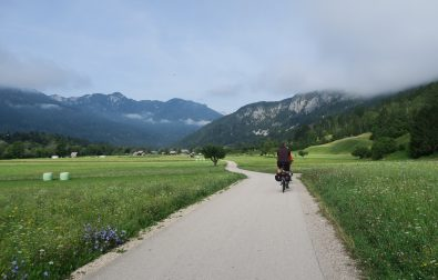 cycling-lake-bohinj-and-savica-waterfall-cycling-slovenia