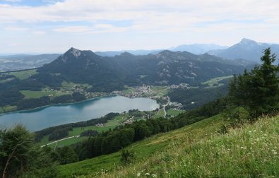 on-top-of-filbling-hiking-in-salzkammergut