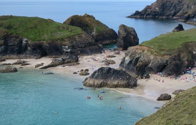 the-lizard-to-kynance-cove-walk-in-cornwall