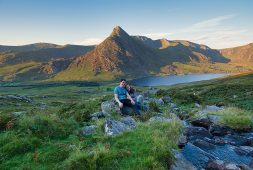 hiking-the-southern-ridges-of-the-carneddau-in-snowdonia