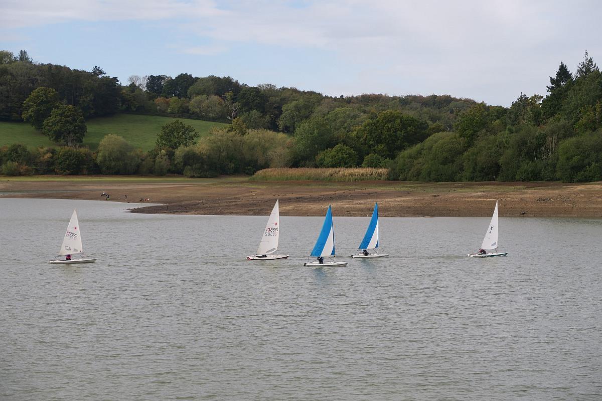 Sailing at Ardingly Reservoir
