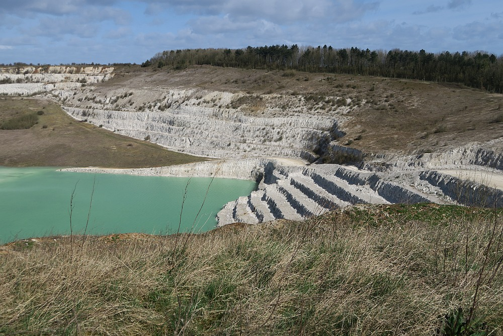 Kensworth Quarry Circular walk